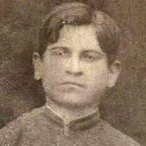 Suleyman Sani Akhundov bio