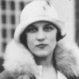 Betti Alver bio