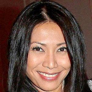 Age Of Anggun biography