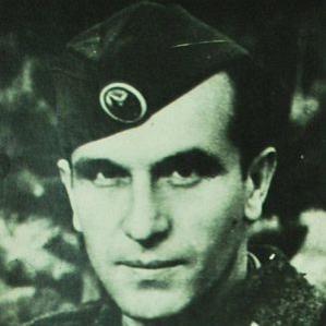 Mihajlo Apostolski bio