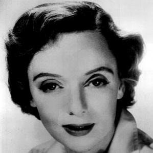 Barbara Baxley bio