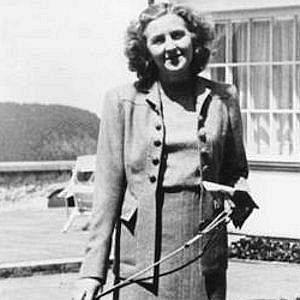 Age Of Eva Braun biography