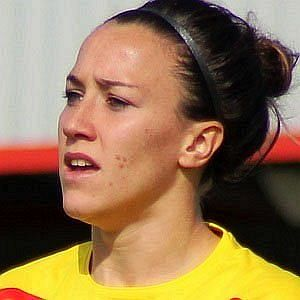 Age Of Lucy Bronze biography