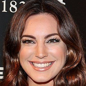Age Of Kelly Brook biography
