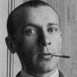 Mikhail Bulgakov bio