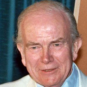 Milton Caniff bio
