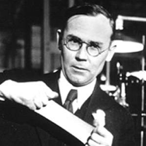Wallace Carothers bio