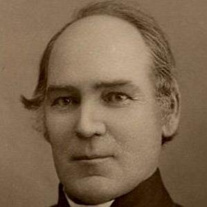 Robert W. Chambers bio