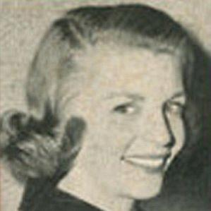 Dorothy Collins bio