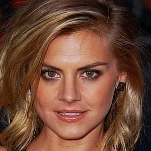 Age Of Eliza Coupe biography