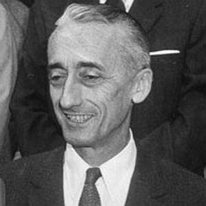 Jacques Cousteau bio