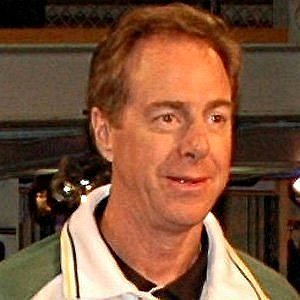 Age Of Dave Cowens biography