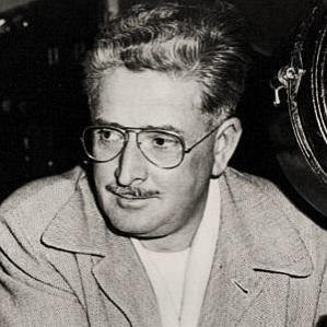 William H Daniels bio