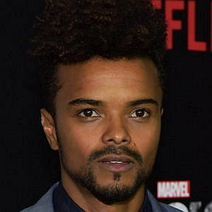 Age Of Eka Darville biography