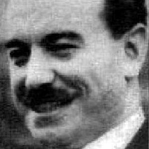 Carlos Davila bio