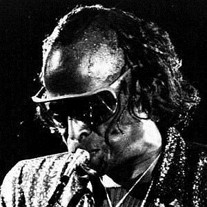 Age Of Miles Davis biography