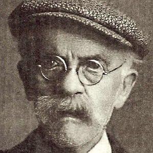 Pierre De Geyter bio
