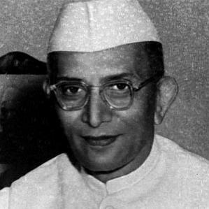 Morarji Desai bio