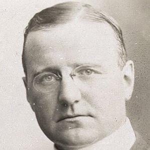 Finley Peter Dunne bio