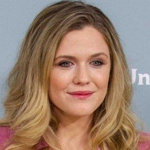 Age Of Harriet Dyer biography