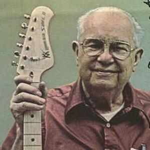 Leo Fender bio