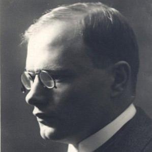 August Gailit bio