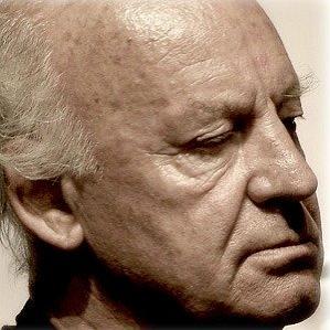Age Of Eduardo Galeano biography