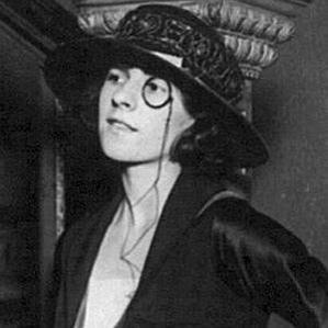 Ruth Gordon bio