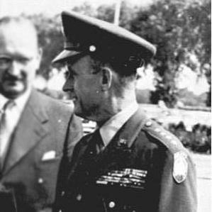 Alfred Gruenther bio