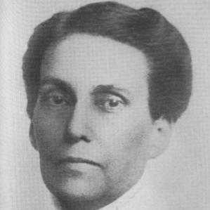 Elizabeth Harrison bio