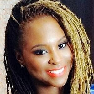 Age Of Torrei Hart biography
