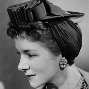 Helen Hayes bio