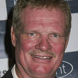 Age Of Ted Hendricks biography