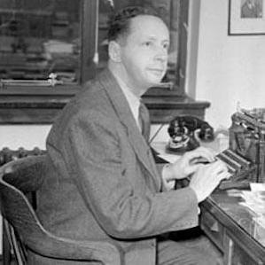Foster William Hewitt bio