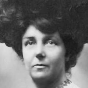 Hilda Hewlett bio