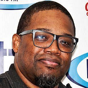 Age Of Dave Hollister biography