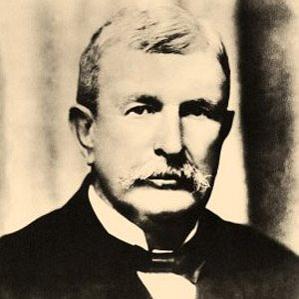 Benjamin Holt bio