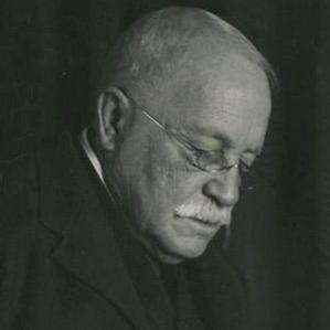 William Dean Howells bio