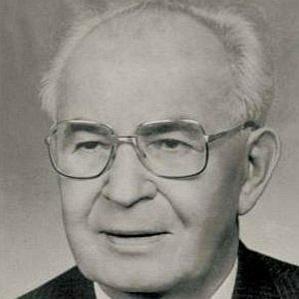 Gustav Husak bio
