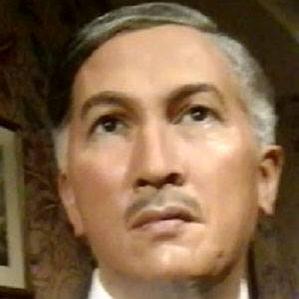 Yusof Bin Ishak bio