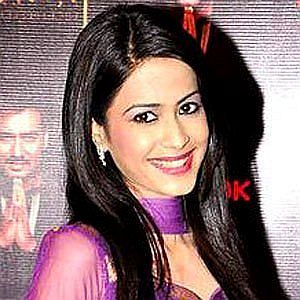 Age Of Dimple Jhangiani biography