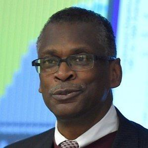 Age Of Lonnie Johnson biography