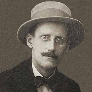 James Joyce bio