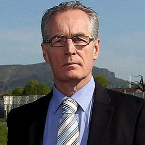 Gerry Kelly bio