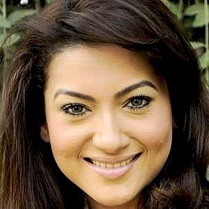 Age Of Gauhar Khan biography