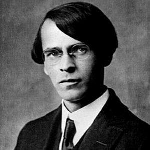 Vladislav Khodasevich bio