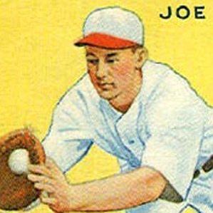 Joe Kuhel bio