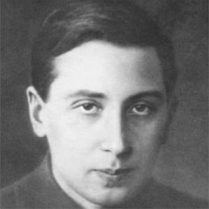 Oleg Losev bio