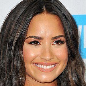 Age Of Demi Lovato biography