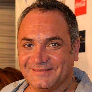 Age Of Luis Jara biography
